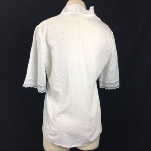 Vintage Tops - Vintage White Eyelet Blouse with Lace Trim